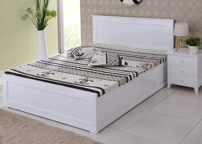 Modern Super King Wooden Bed Frame , Contemporary Hotel White Twin Bed Frame