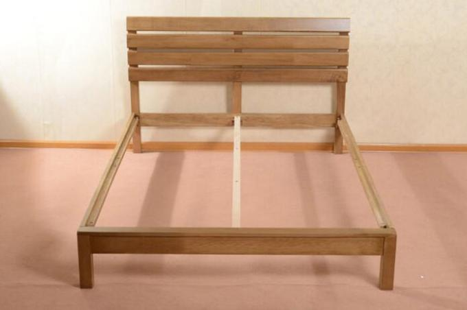 Home Economic Cherry Solid Wood Bed Frame Queen Size European Style High Grade